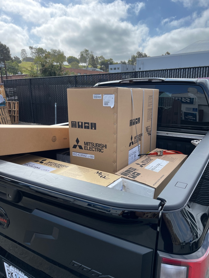 Culver City, CA - Another Mitsubishi ductless install, loading up for a full days work in Torrance. #ductless #mitsubishiminisplit #drductless #cleanenergy #SCAQMD #rebate #18monthsnointerest #mattalba #HVACILA