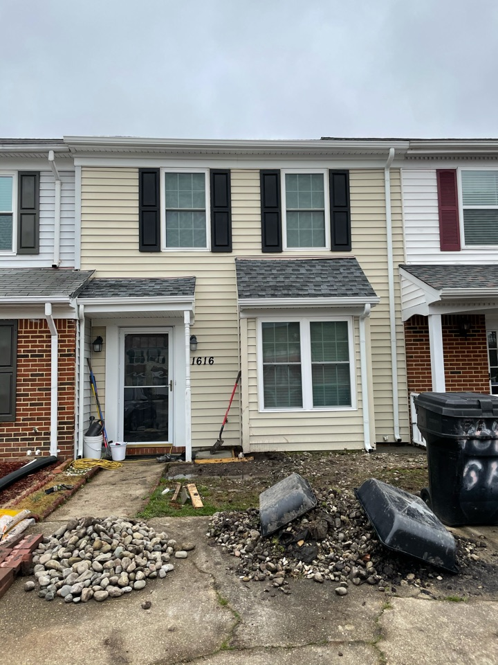 Virginia Beach, VA - Just completed installing 5k seamless gutters with downspouts and elbows