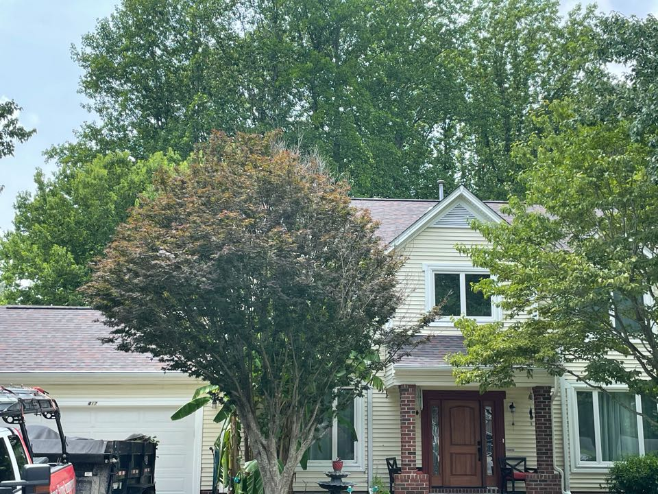 Chesapeake, VA - Just completed a new roof installation using Owens Conning Duration HD lifetime warranty color marlot with underlinement of U20 Felt Buster High Traction synthetic roofing felt and cobra rigidvent3 for more air air flow in the house