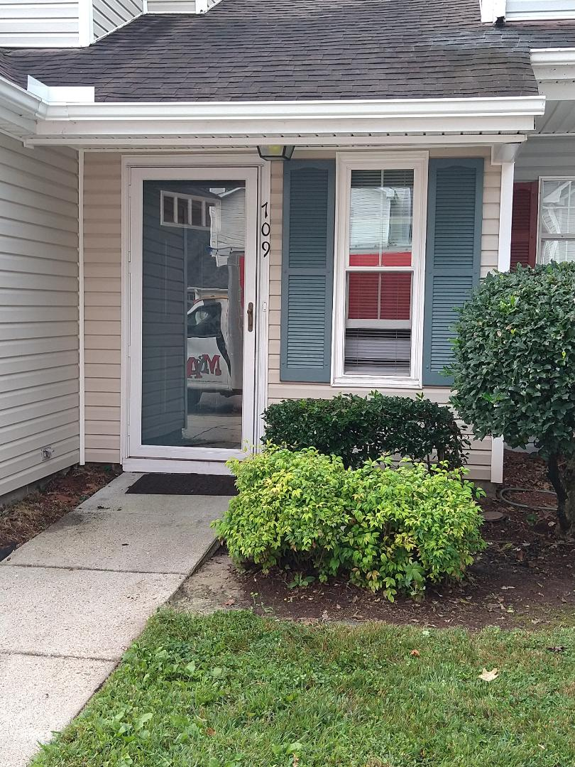 Virginia Beach, VA - * Install new 5K or standard seamless gutter in WHITE color * New inside box miter * Gutters will be installed with hangers and screws *Reattach gutter on back of the house Starting date