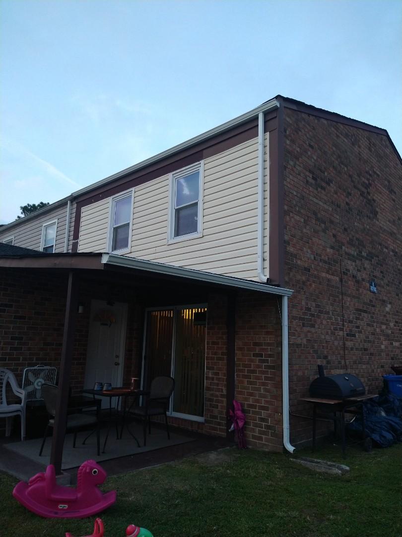 Chesapeake, VA - New gutters installetion