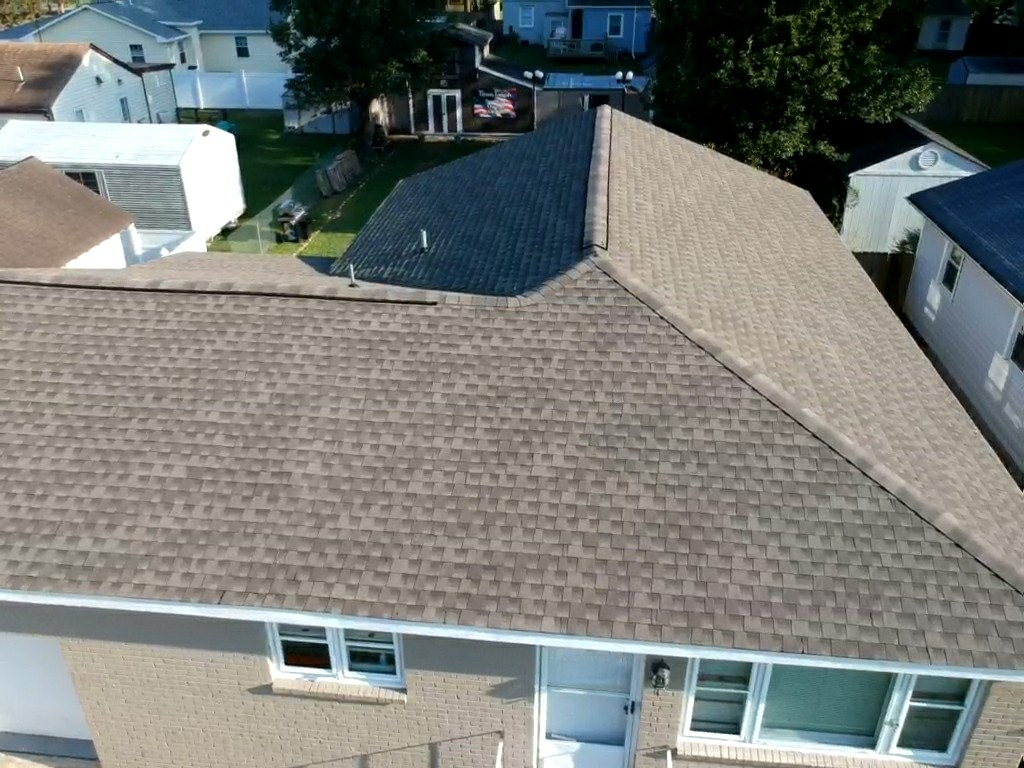 Norfolk, VA - Complete Roof replacement with GAF HD weathered wood timberline