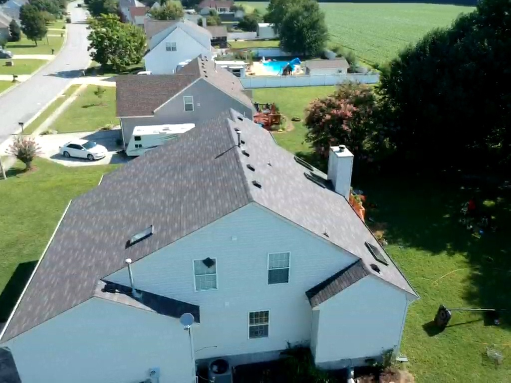 Suffolk, VA - Roof replaced with Owen's Corning weathered wood