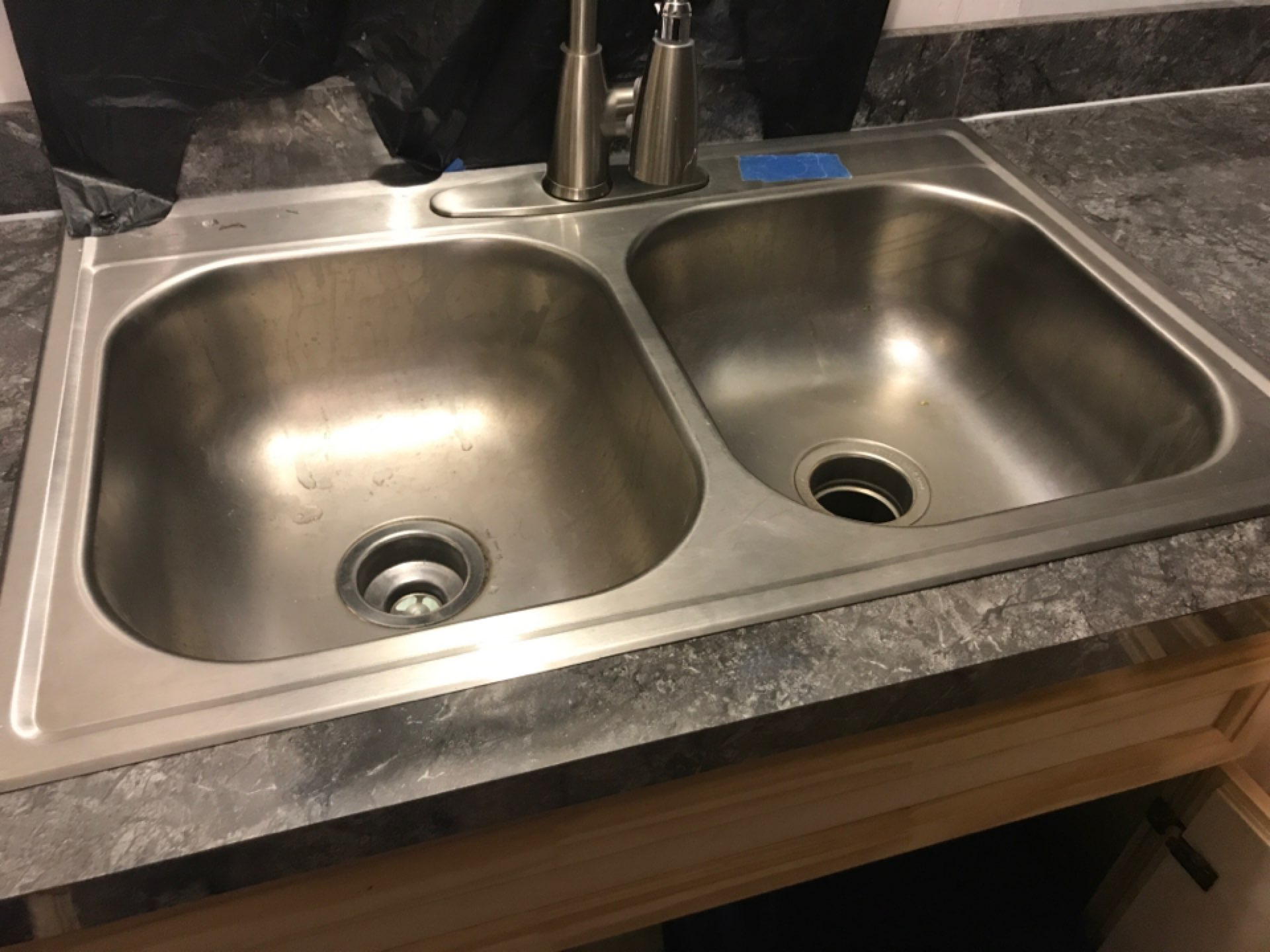 Houston, TX - Install kitchen sink for kitchen remodel in mobile home