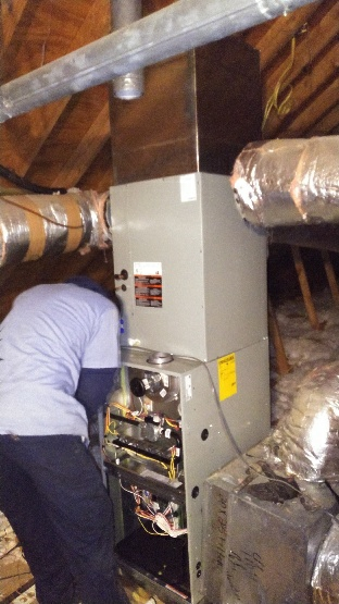 Dundee, MS - Installing a 5 ton heat pump