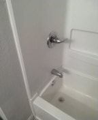 Clarksdale, MS - Replace shower valve in tub