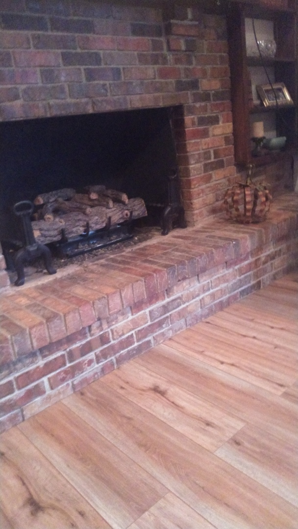 Tunica, MS - Clean out fireplace and lite up the polite