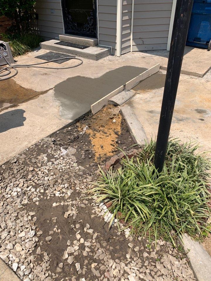 Clarksdale, MS - Repair water line
