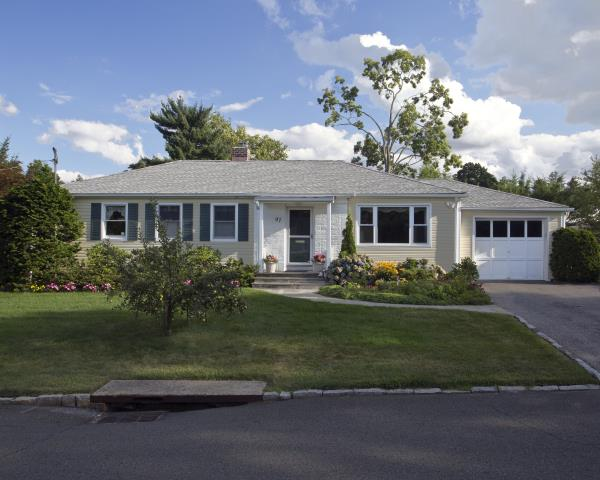 White Plains, NY - GAF Timberline HD architectural roof in Fox Hollow Gray