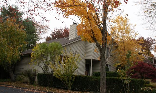 Stamford, CT - GAF Timberline HD architectural roof in Mission Brown