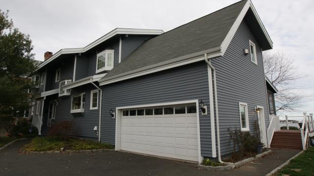 Norwalk, CT - CertainTeed Mainstreet clapboard vinyl siding in Flagstone