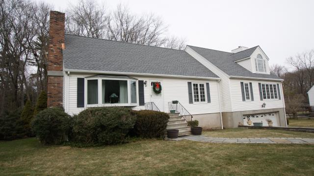 Greenwich, CT - GAF Timberline HD architectural roof in Oyster Gray