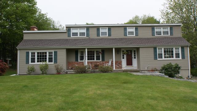 Ridgefield, CT - GAF Timberline HD architectural roof in Mission Brown