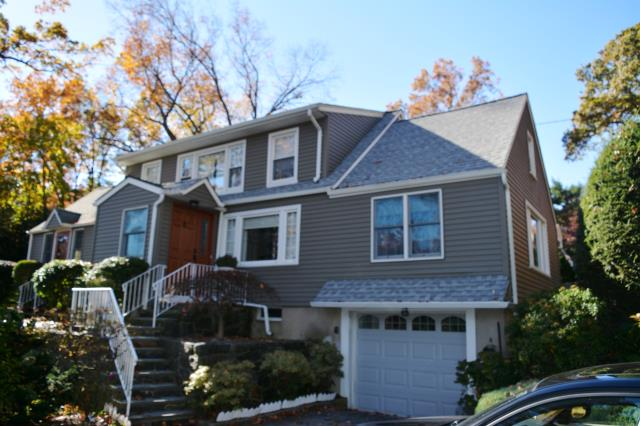 Greenwich, CT - GAF Timberline HD in architectural roof in Fox Hollow Gray
