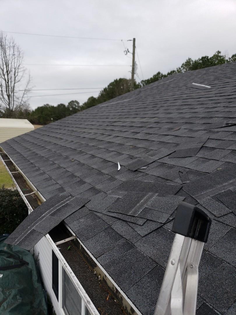 Gadsden, AL - Installing a roof.