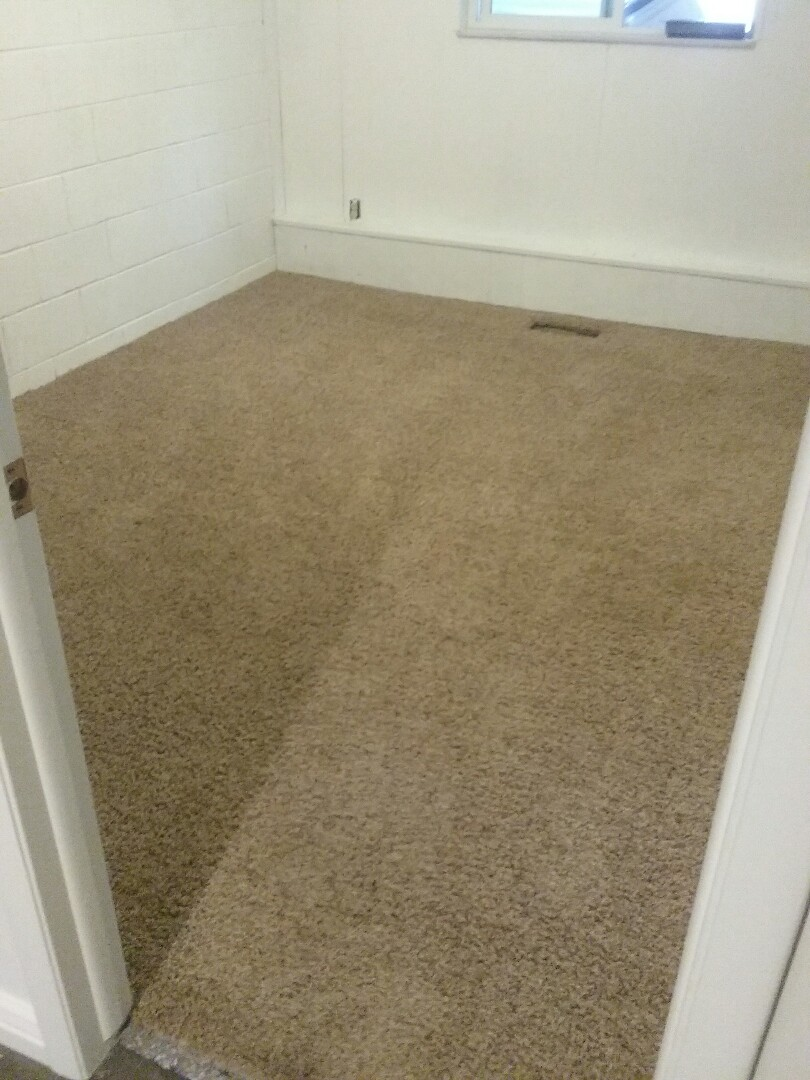 Carpet and carpet pad installation repair from flood damage