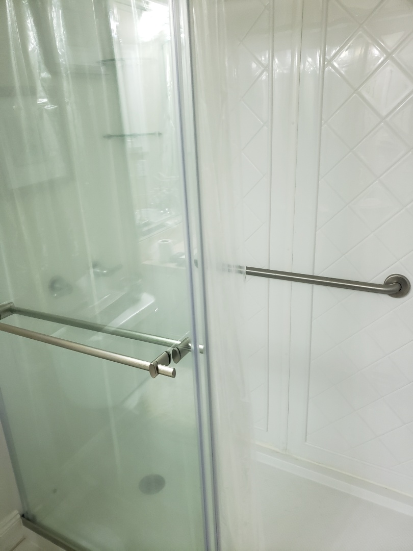 Milton, FL - Bathroom remodel, shower remodel, Onyx shower,
