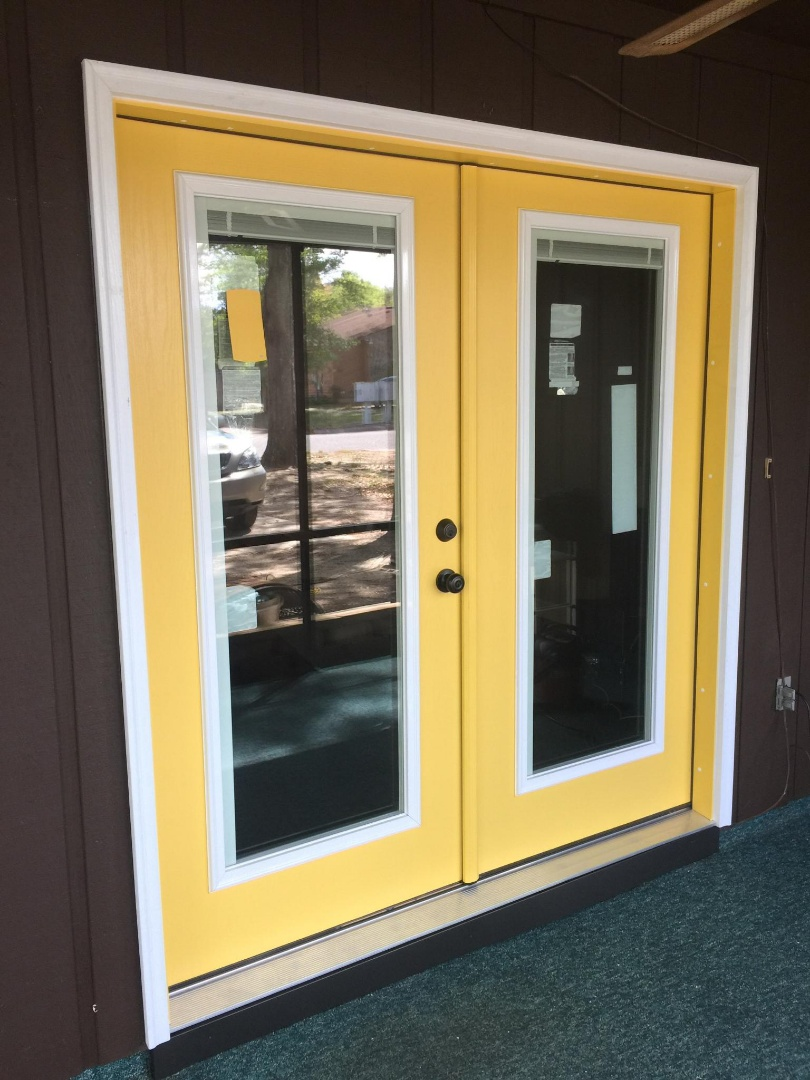 Brownsburg, IN - viwinco non impact windows and thermatru doors delivered by folkers