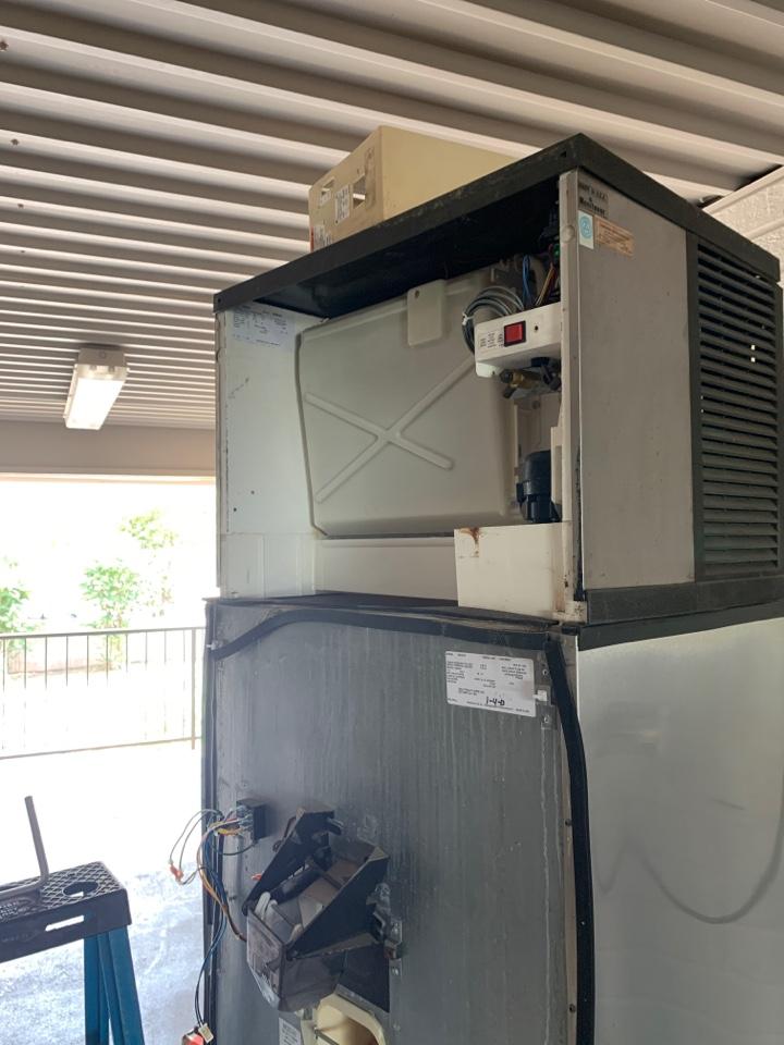 San Marcos, TX - Ice machine repair