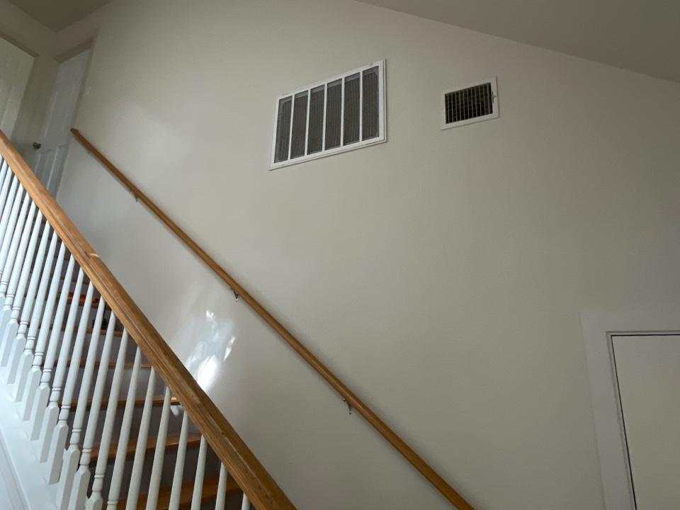 San Marcos, TX - Replacing a return air grill and duct cleaning