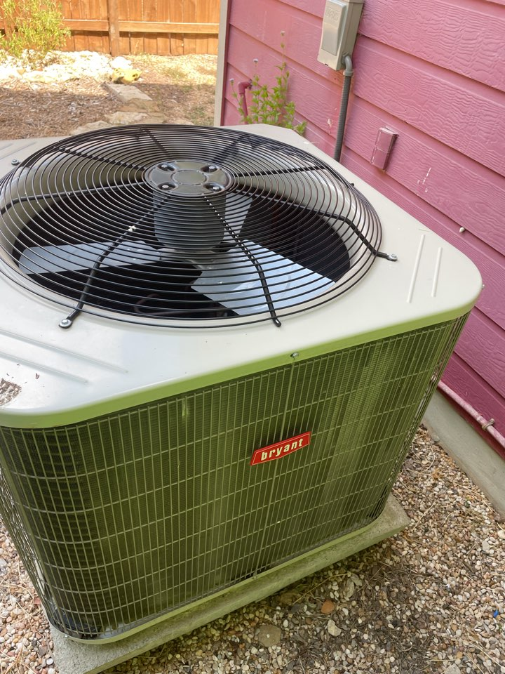 San Marcos, TX - Bryant air Conditioner maintenance