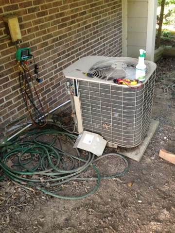 Fairfax Station, VA - The first call of the day is our best at Arctic Sun is the preventive maintenance program to keep up with the cleanings so our customers system down break down. It's the best!!! Yahoo