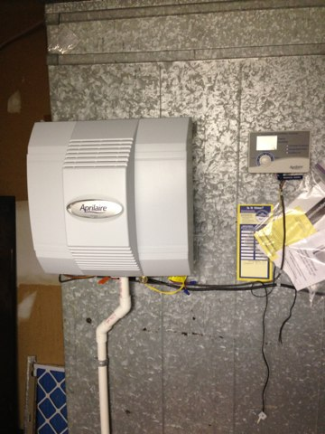 Fairfax Station, VA - The first call of the day is our best at Arctic Sun is the preventive maintenance program to keep up with the cleanings, also our services are to take care of humidifiers, includes changing the pads and clean, making sure mold is abstracted from humidifier.