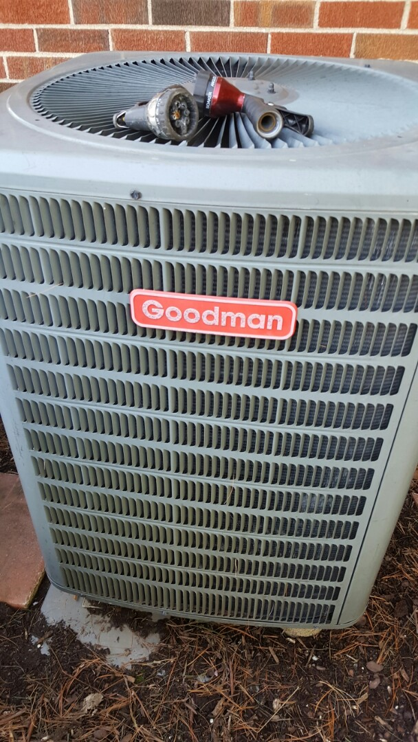 Brandy Station, VA - Performing routine maintenence service on goodman heatpump. Checking operations and refrigerant levels