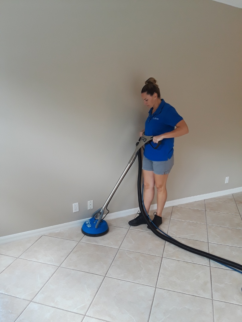 Palm Harbor, FL - Cleaning Tile @ Grout at an empty home as the seller is preparing it for the Realtor company. The tile floor has not been cleaned in 7 years and the results are amazing!