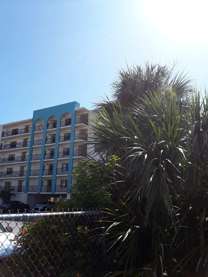 Indian Rocks Beach, FL - Just arrived to assist crew members. Side by side neighbors both having us do Carpet Dry Cleaning. The view from this intercoastal Condominium  is incredible. Indian Shores sure is a great community.