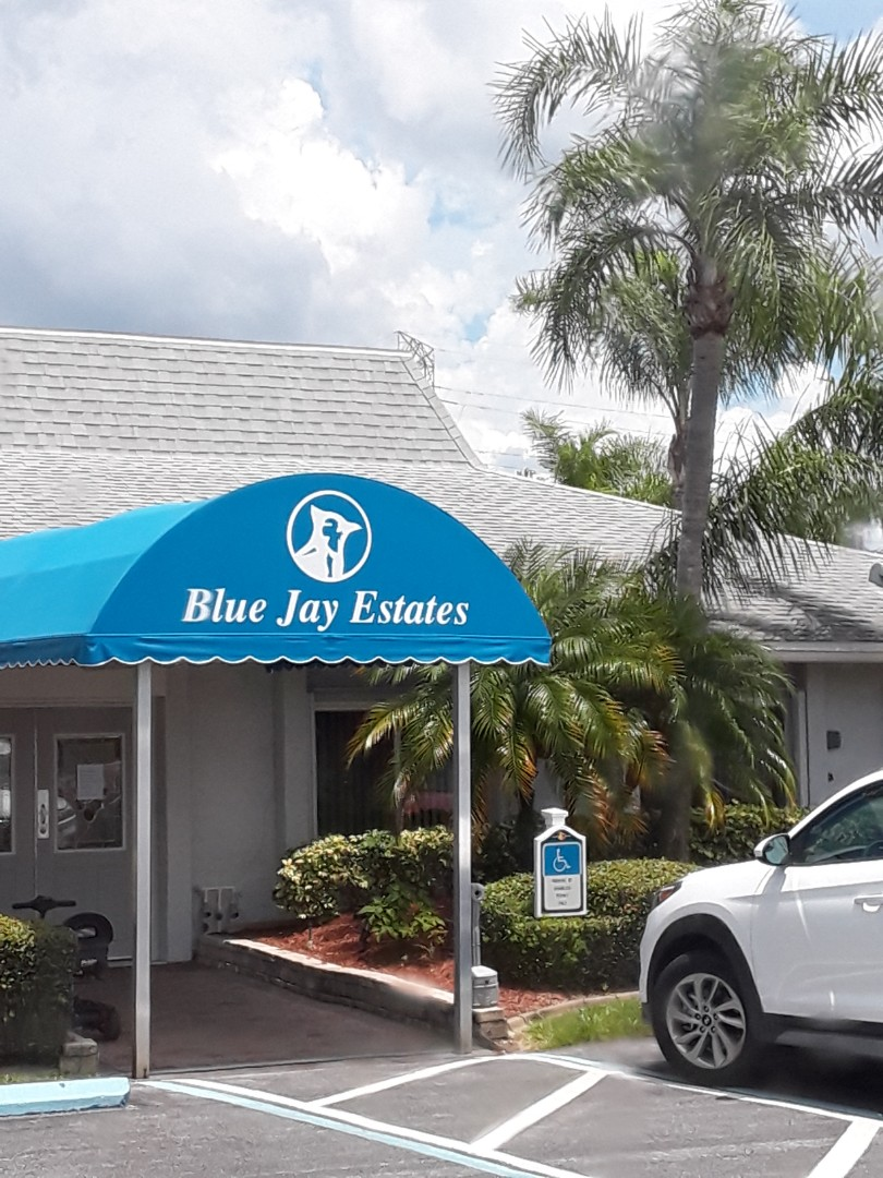 Palm Harbor, FL - Carpet Cleaning and Upholstery Cleaning in Blue Jay Estates Mobile Home Park.