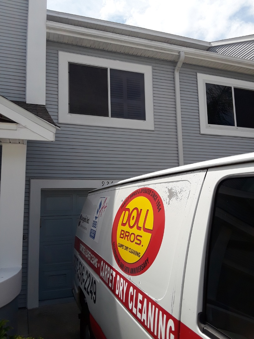 Indian Rocks Beach, FL - Just booked a Tile Cleaning and Carpet Cleaning job at Harbor House Townhouses.