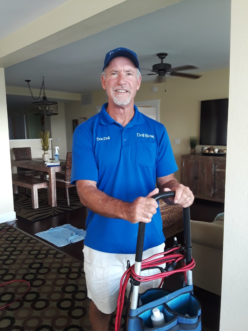 Indian Rocks Beach, FL - Working in the same Condominium building all day Cleaning Carpet and Cleaning Furniture in four units.