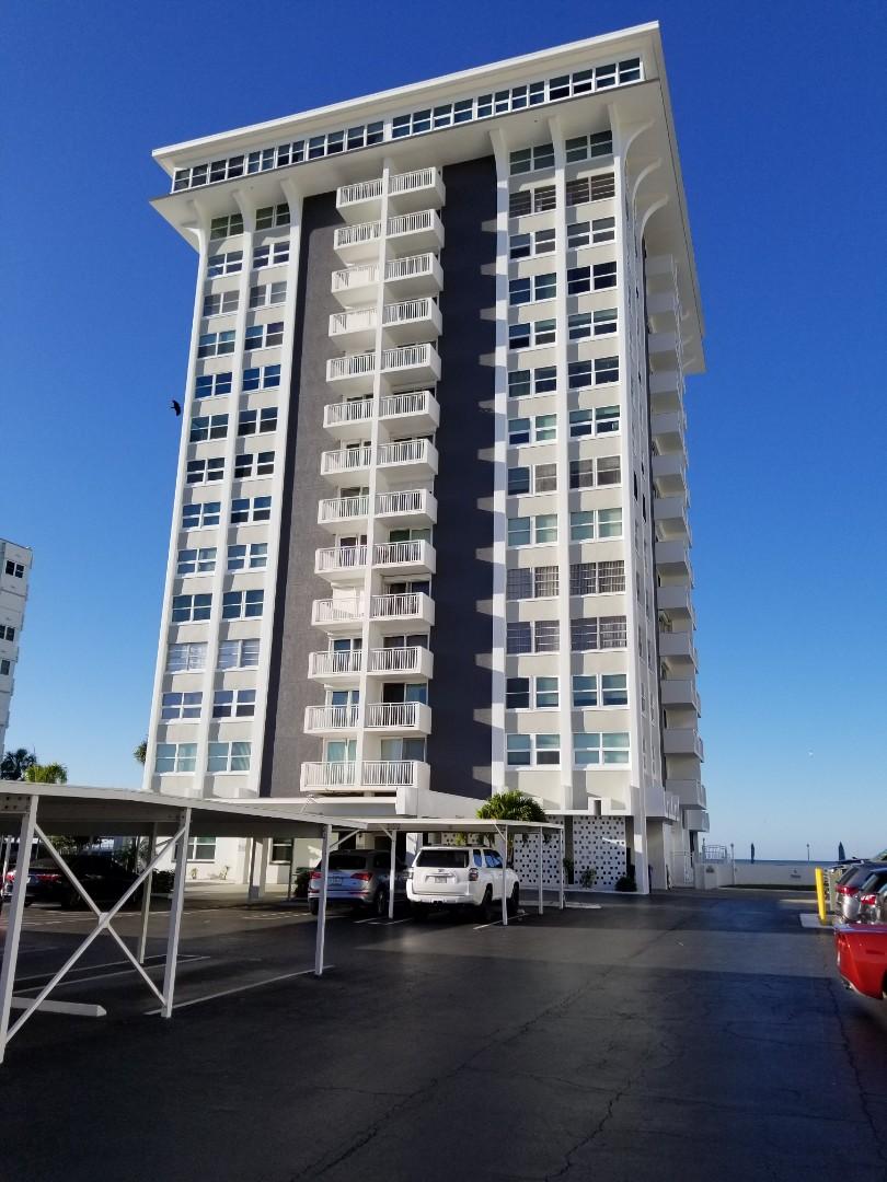 Redington Shores, FL - Carpet Cleaning on the 14th floor of this beautiful condominium.