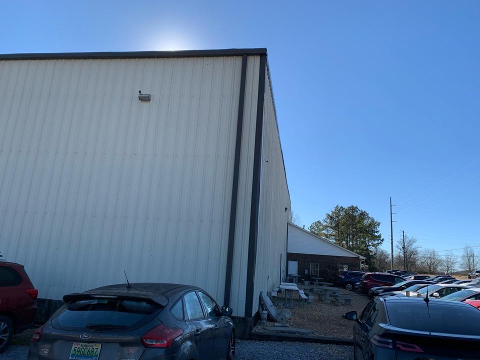 Moody, AL - Repair metal corner on metal building
