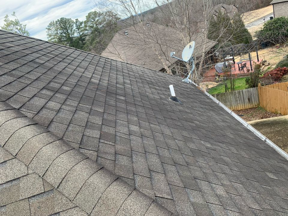 Pinson, AL - Measured to repair shingles from storm damage.