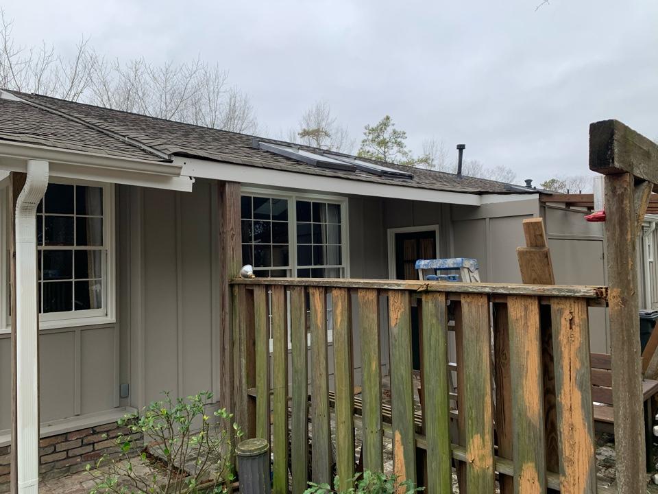 Vestavia Hills, AL - Measured to install new k style gutters.
