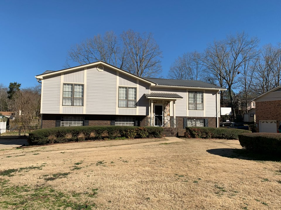 Center Point, AL - Need roof repair