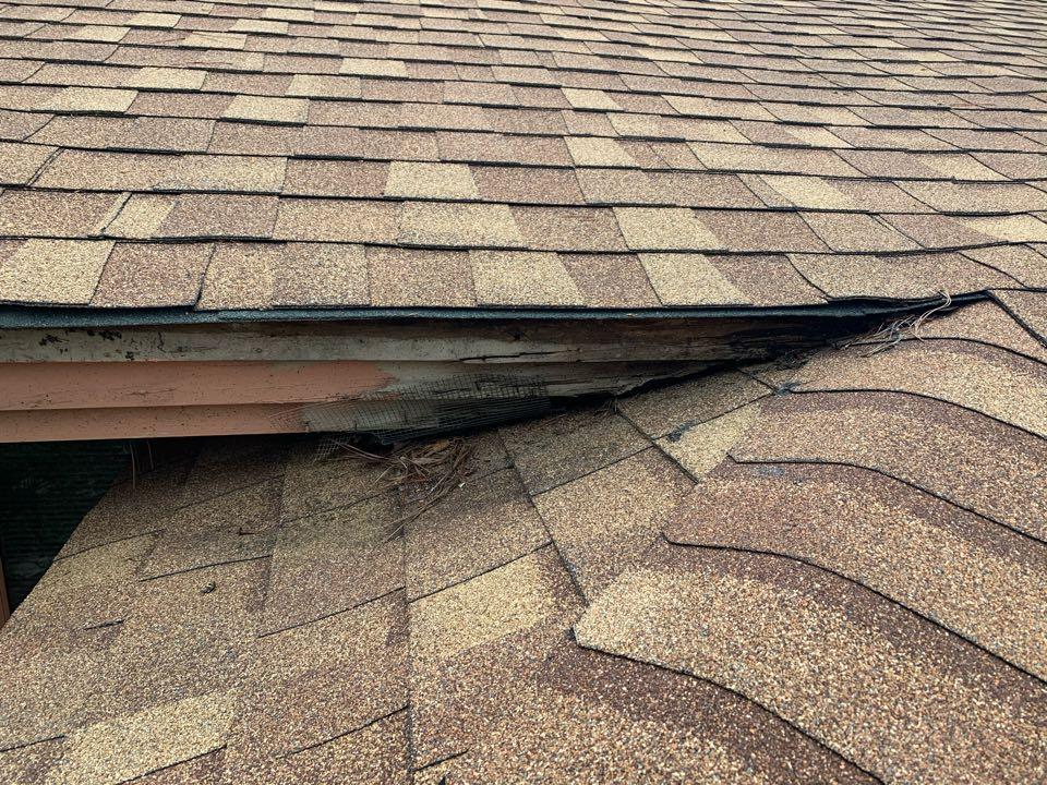 Vestavia Hills, AL - Measured to replace damaged soffit, fascia, and ridge vent.