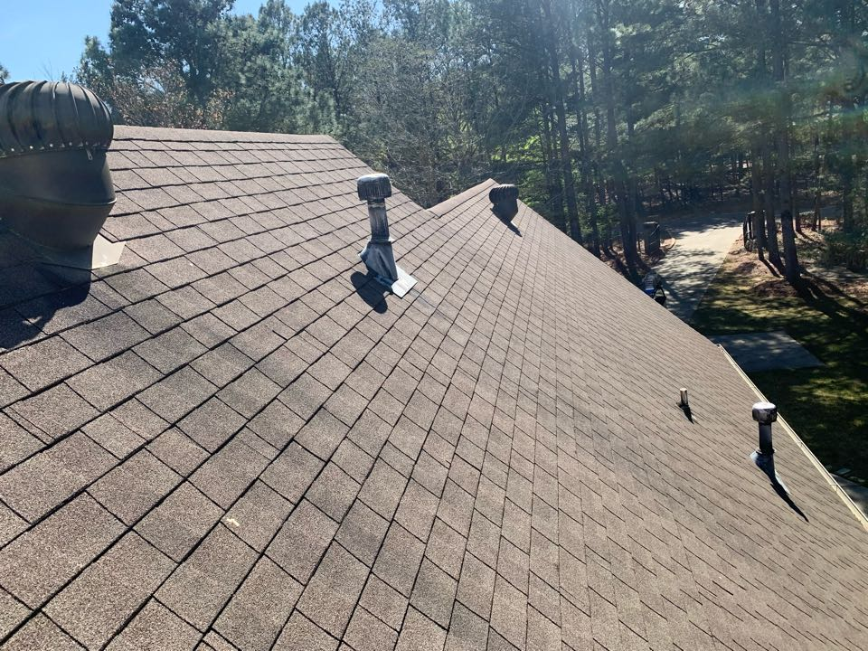 Odenville, AL - Measure for replace shingle roof with a metal roof.