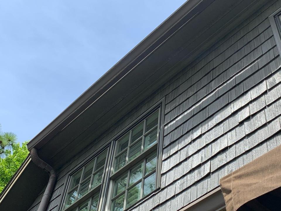 Vestavia Hills, AL - Measured to replace damaged gutters.