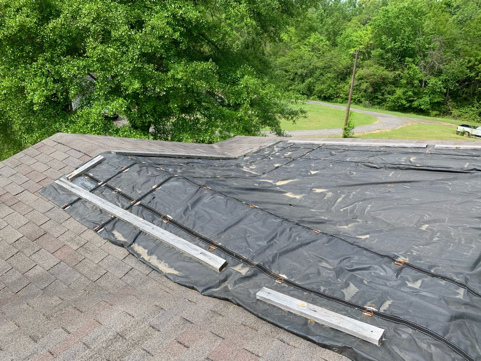 Adamsville, AL - Measured to replace three tab shingle roof.