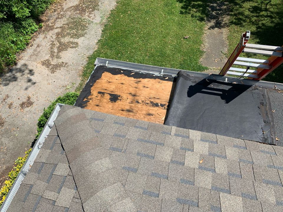 Irondale, AL - Measured to replace storm damage to flat roof.