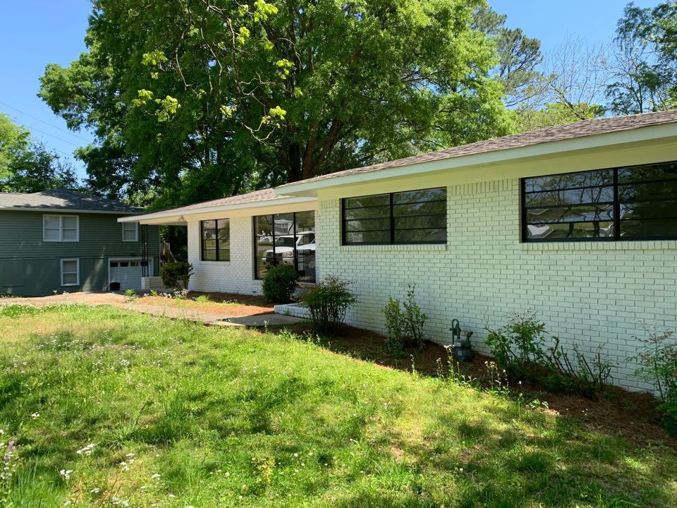 Pleasant Grove, AL - Need windows and gutter