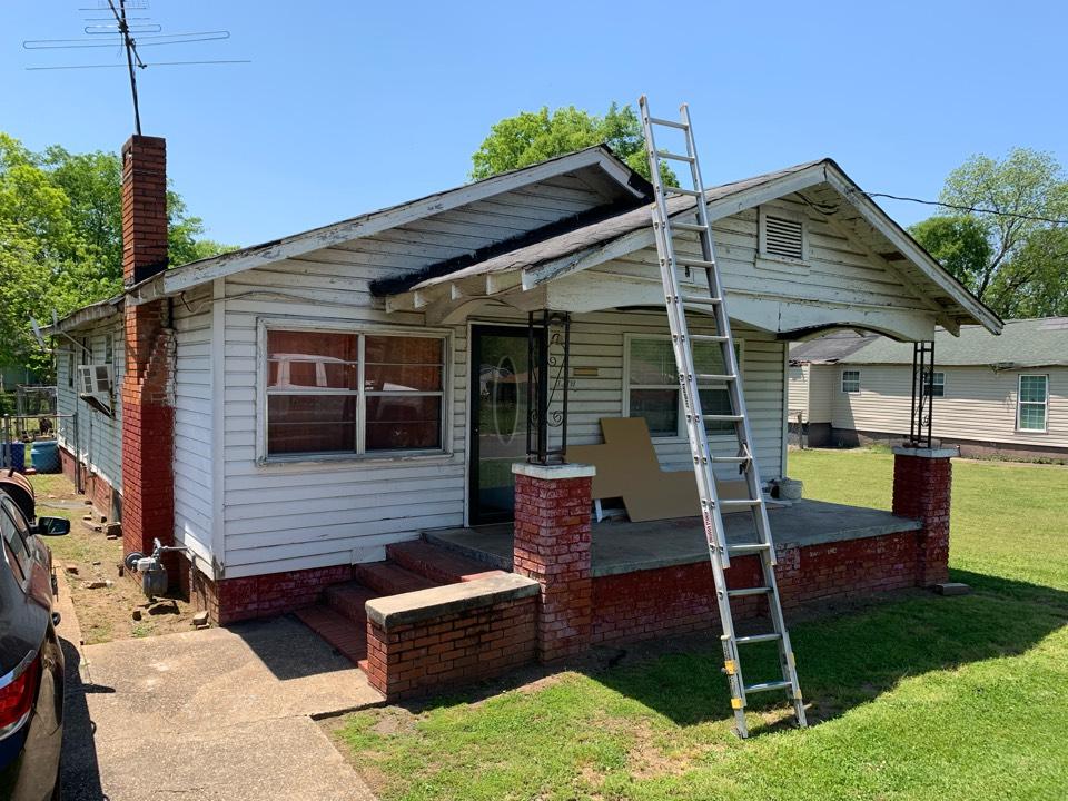 Bessemer, AL - Need roof and windows