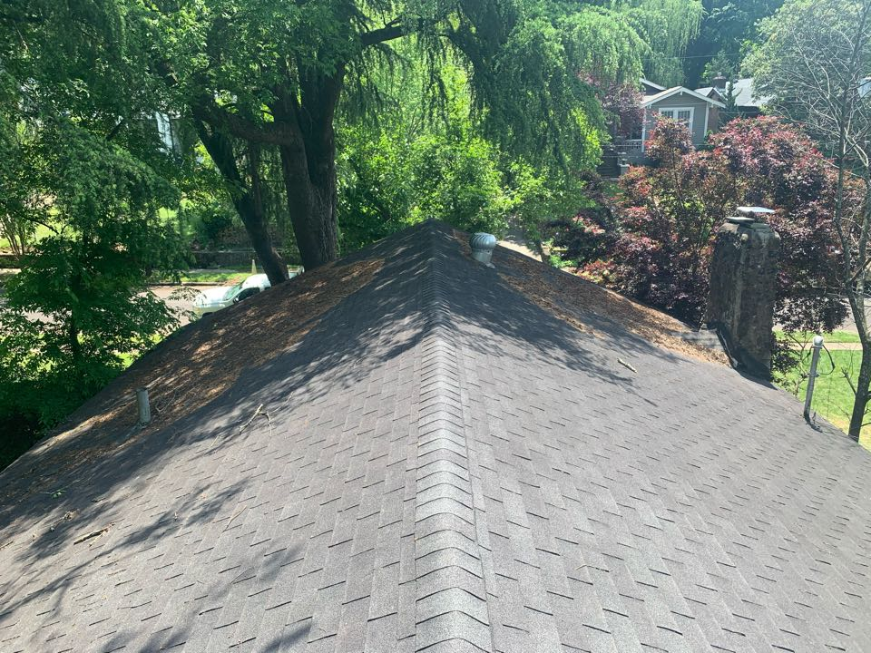Birmingham, AL - Measured to replace three tab shingle roof.