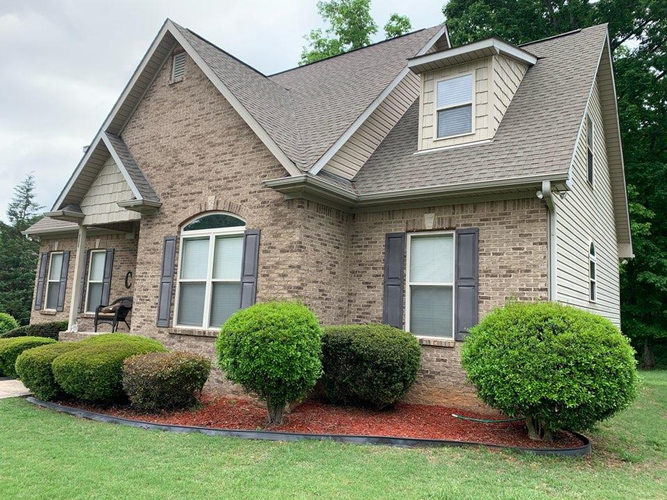 Pinson, AL - Need roof and siding repair