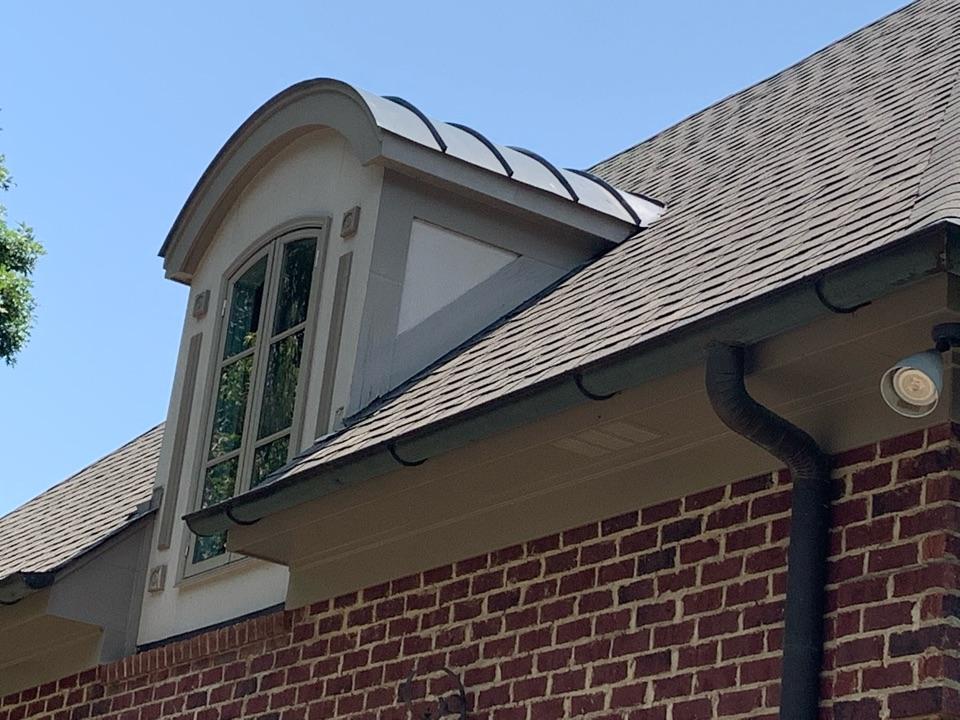 Vestavia Hills, AL - Roof and gutter repair