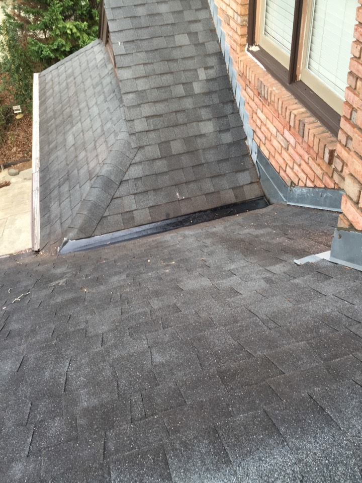 Hoover, AL - Repairing a leak on the roof of a bay window