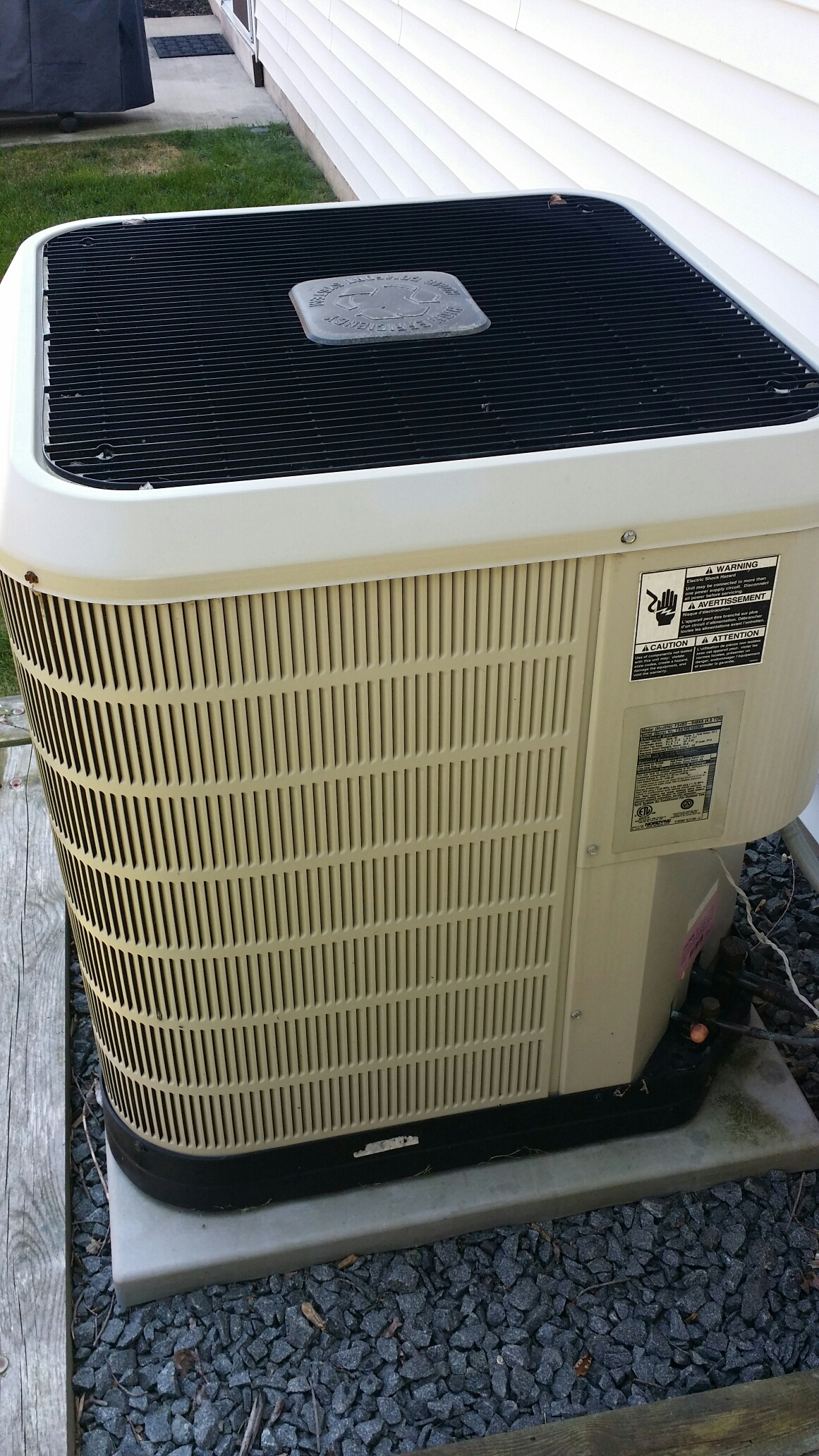 Brick, NJ - Re charge fridgiare ac unit